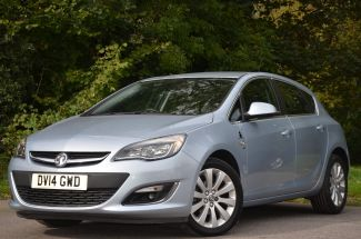 Used VAUXHALL ASTRA in Wiltshire for sale